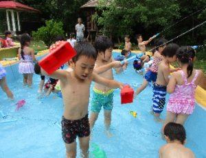 プール、水遊び